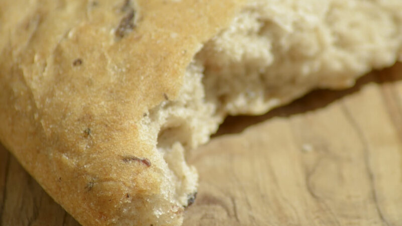 Bread Without Yeast – Prepare Easily Delicious Bread at Your Home
